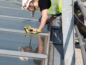Dynamic Access Commercial Glazing Services JPG 003