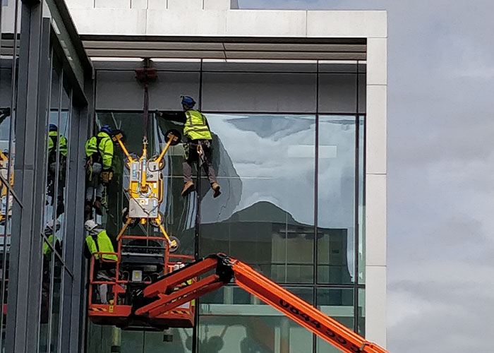 Dynamic Access Commercial Glazing Services Small JPG 003