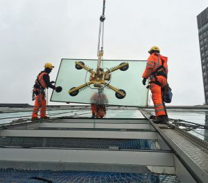 Dynamic Services Professional Commercial Glazing Specialists Rope Access Homepage Image JPG 001